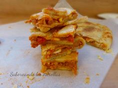 Coca de Tomate Empanadas, Mussels, Coco, Seafood, Ethnic Recipes, Quiches, Desserts, Youtube, Chicken Potpie