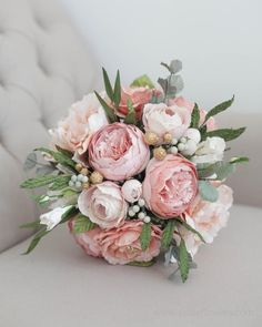 Bespoke Paper Bridal Package - Paper Bridal Bouquet, Bridesmaid Posy, Boho Bridesmaid Bouquet , Diam - Wedding flowers - Home Sweet Home Bouquet Pastel, Blush Bouquet, Peonies Bouquet, Bouquet Of Flowers, Boquette Flowers, Posy Flower, Gift Flowers, Blush Peonies, Paper Bouquet