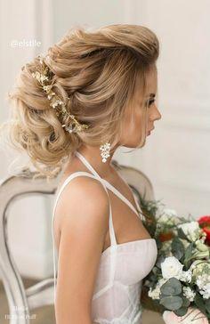 Long Wedding Hairstyles from Elstile / http://www.himisspuff.com/long-wedding-hairstyles-from-elstile/14/