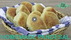 Make your own homemade Pandesal with this easy and simple Pandesal Recipe. Soft and fluffy, covered with breadcrumbs and best eaten while hot! Pandesal is pr. Filipino Bread Recipe, Easy Filipino Recipes, Filipino Dishes, Filipino Desserts, Filipino Food, Pandesal Recipe Video, Cheese Pandesal Recipe, Puto Recipe, Leche Flan