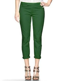 green pants. Smart and structured, our Slim Crop pant is a modern classic. Whether paired with a T and flats or a blazer and heels, you're sure to look polished and feel cool. *Perfectly refined cotton for a clean, casual look. Subtle stretch for ease of fit.