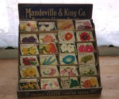 MANDEVILLE & KING WOODEN SEED BOX COUNTER TOP DISPLAY w 28 M & K SEED PACKETS