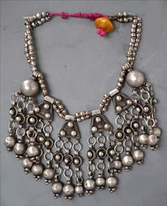 silver and amber Ethiopian necklace (archives sold Singkiang)