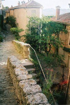 Provence - Crestet - Old French Village