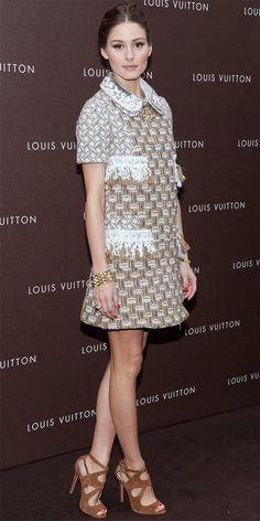 Olivia Palermo não faltou à abertura da nova loja Louis Vuitton em Munique usando um conjunto da marca.