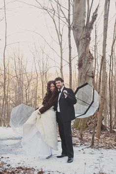 Winter wedding #bride #groom (Images by Scarlet O'Neill Photography)