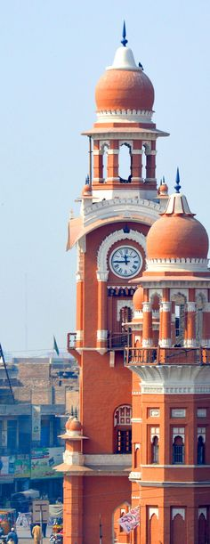 Ghanta Ghar, The Clock Tower of Multan, Pakistan Pakistan Zindabad, Pakistan Travel, Islamic Architecture, Art And Architecture, Places Around The World, Around The Worlds, Beautiful World, Beautiful Places, Central Asia
