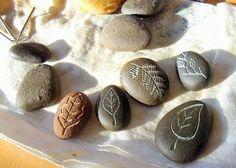 piedras talladas con agua y multiherramienta