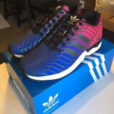 buy online a7ee6 888b8 ... Adidas ZX Flux W Xeno sneakers NWT watch 1d27e 563a7 ...