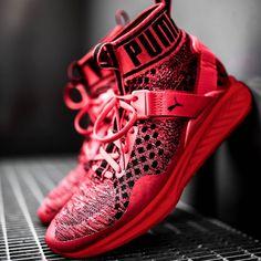 SPORTSWEAR ™®: Sneakers: Puma Ignite Evoknit 'Red/Black' .