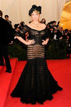 Red carpet del Costume Institute Gala 2014: Kate Upton en Dolce & Gabbana