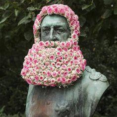 florist geoffroy Mottart adds flair to sculptures