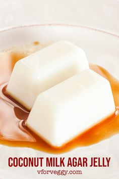 Easy agar-agar jelly dessert using coconut milk, coconut water, and agar powder. Serve with delicious coconut palm sugar syrup infused with pandan leaves. Coconut Jello, Coconut Milk Recipes, Coconut Water, Jelly Desserts, Asian Desserts, Sweet Desserts, Indonesian Desserts, Gelatin Recipes, Jello Recipes