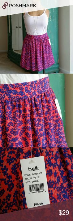 Eight Sixty skirt Gorgeous skirt NWT- with pockets! Size small  Bundle for a discount! Always fast shipping! Eight Sixty Skirts