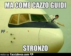 Must be a low-cost carrier. You Funny, Funny Cute, Pilot Humor, Italian Memes, Aviation Humor, Serious Quotes, Lol, Cute Comics, Laugh Out Loud
