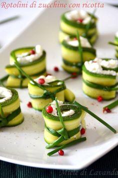Rotolini di zucchine con ricotta