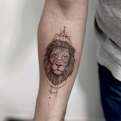 Lion And Lioness Tattoo, Small Lion Tattoo, Mens Lion Tattoo, Small Tattoos, Tattoos For Guys, Tattoos For Women, Geometric Lion Tattoo, Tattoo Ideas, Tattoo Designs