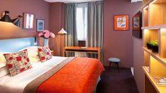 Photos déco chambre : Artus Hôtel Chambre Supérieure Orange // http://www.deco.fr/emission-deco/teva-deco/photos-l_artus_hotel_entre_histoire_et_modernite-48441/