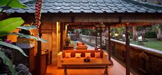 Tamarind Spa at Murni's Houses Bali Map - Things to do in Bali Island Bali Weather, Stuff To Do, Things To Do, Outdoor Tables, Outdoor Decor, Tamarind, Ubud, Porch Swing, Places Ive Been