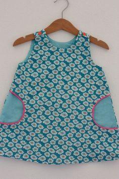 adorable version de la robe trapèze des IPK avec tissu Petit Pan
