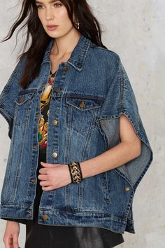 Into the Lion's Denim Poncho - Denim Jackets Long Skirt Outfits, Denim Outfits, Modest Outfits, Fashion Outfits, Modest Clothing, Emo Fashion, Modest Fashion, Summer Outfits, Artisanats Denim