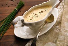 Lämpimässä kastikkeessa maistuu kardemumma! http://www.valio.fi/reseptit/kardemummakastike/ #valio #resepti #ruoka #recipe #food