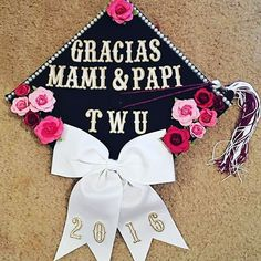 """You said that I could, so I did! Thank you for guiding me and reminding me que SI SE PUEDE!"" @_almarosita #LatinxGradCaps"