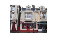 Businesses For Sale - Leisure - Take away food, Pizza House, Teignmouth, Devon - Charles Darrow http://www.charlesdarrow.co.uk/businesses/property.php?id=229