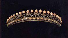 Italian tiara, 1800-1820, pink coral, silver, 2.8 x 23.8 cm, belonged to Letizia Murat (1802 – 1859), second daughter of Carolina, a daughter of Carolina Bonaparte who is a younger sister of Napoleon I @ Rome, Napoleon Museum http://www.unipa.it/oadi/oadiriv/?page_id=1636#identifier_52_1636