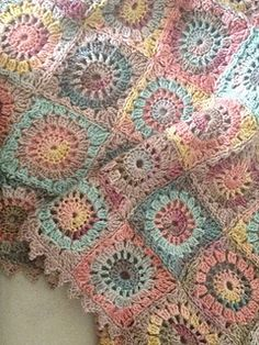 Crochet Granny Square Blankets Ravelry: Dune Shawl English Version pattern by Eclectic Gipsyland - Yarn available as a kit at L'Oisivethé Crochet Afgans, Crochet Quilt, Love Crochet, Crochet Motif, Crochet Baby, Knit Crochet, Crochet Shawl, Crotchet, Ravelry Crochet