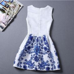 Casual Round Neck Floral Print Mini Dress - Daisy Dress For Less - 3