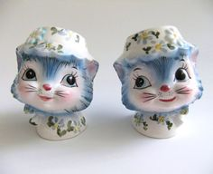 Vintage Cat Salt and Pepper Shakers Kitsch Cat by VintageByJade