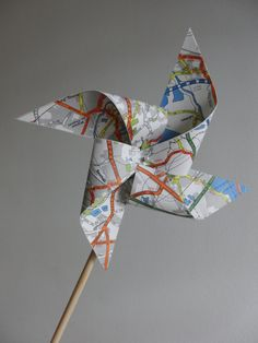 Pinwheels- windmills-vintage map of London-Wedding decor-travel theme-party favor-large-set of 8