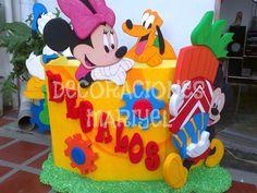Caja de Regalo Fiesta Mickey Mouse, Minnie Mouse, Ideas Para Fiestas, Corpus Christi, Ideas Party, Hello Kitty, Projects To Try, Mary, Birthday