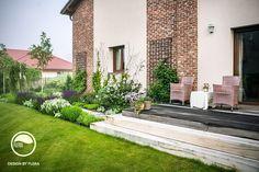 Posedenie v záhrade Modern Garden Design, Backyard, Patio, Bonsai, Pergola, Sidewalk, Home And Garden, Mansions, House Styles