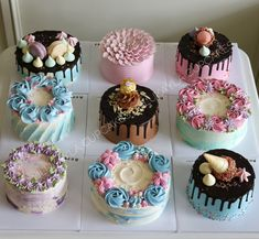 Creative Cake Decorating For A Kid's Birthday Cake Decorating Designs, Creative Cake Decorating, Cake Decorating Videos, Cake Decorating Techniques, Creative Cakes, Buttercream Cake Designs, Cake Icing, Mini Cakes, Cupcake Cakes