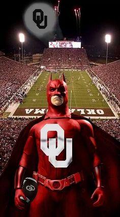 Batman Here you go Natalie! Oklahoma University Football, College Football Teams, Oregon Ducks Football, Notre Dame Football, Ohio State Football, American Football, State University, Football Stuff, Football Boys