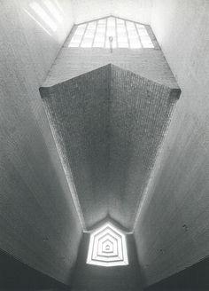 Eladio Dieste - Iglesia de San Pedro, Durazno2