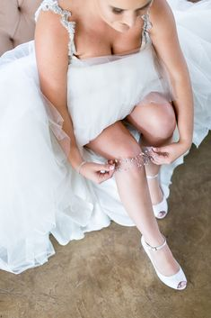 Lace on Timber Pretoria South Africa Wedding - The Overwhelmed Bride Wedding Blog Wedding Signs, Wedding Bride, Wedding Blog, Wedding Planner, Wedding Dresses, Bridal Garters, Pretoria, South Africa, Elegant
