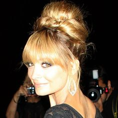 Nicole Richie looking a little Bridget Bardot 60's style! Do you love it?