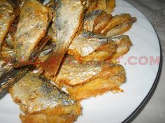 Mehlige Cornflakes (Sarikanat) - seafood recipes for dinner Salmon Recipes, Fish Recipes, Seafood Recipes, Dinner Recipes, Cornflakes, Baked Fish Fillet, Baked Bakery, Herb Stuffing, Homemade Cornbread
