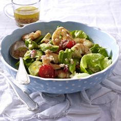 Avocado-Salat mit Garnelen Rezept | LECKER