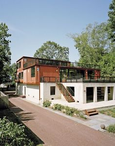 Shipping container home in Pennsylvania off the Delaware River: