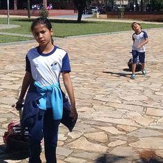 Foto do dia..... #vamosembora #osdoisjuntos #escolatododia #5serie #2serie #picoftheday #schoolseveryday #Anápolis #goias #brazil #tônaanhanguera #colegiosaofranciscodeassis #lrgnuplot #buscadordemeninos by lr.gnuplot http://ift.tt/1XTfd4y