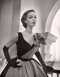 LIFE 1951 - photo by Nina Leen