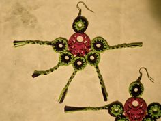 Pendientes en crochet https://www.facebook.com/photo.php?fbid=505076866237387&set=a.341691772575898.74197.200554666689610&type=3&theater