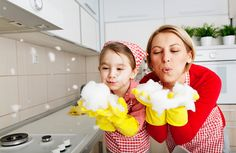 Spring cleaning is about more than just sweeping the floor. Declutter your house and save money on spring cleaning for a fresh season! Cleaning Fun, Helping Cleaning, Spring Cleaning, Daily Cleaning, Deep Cleaning, Household Chores, Household Cleaners, Household Organization, Organizing