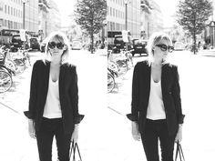 Monochrome. #karenwalker #fashion #outfit #monochrome #northenlights