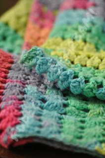 Pudło ze Skarbami - rękodzieło szydełkowe : Tęczowy szalik z Alize Bella Bella, Ale, Blanket, Crochet, Ale Beer, Ganchillo, Blankets, Cover, Crocheting