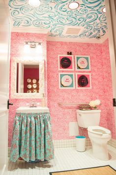 A lovely Lilly inspired bathroom!  love the ceiling...not the pink